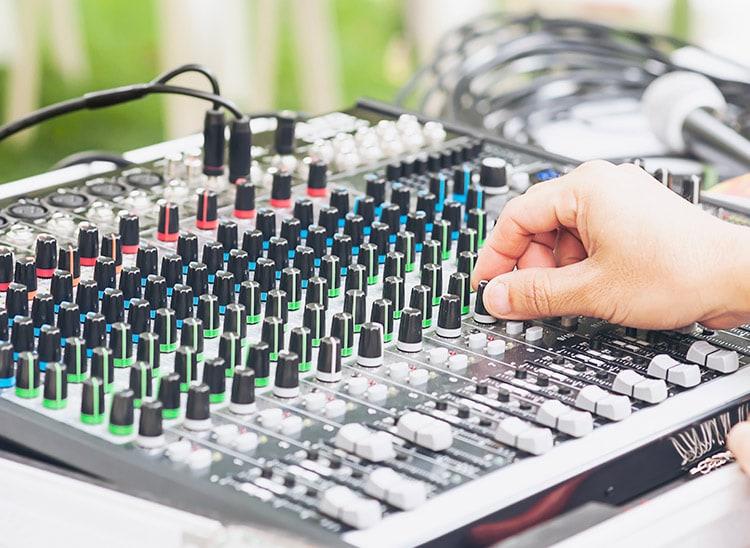 Técnico de sonido estudios: la formación necesaria
