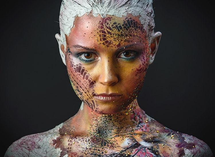 ¿Qué hace un maquillador de caracterización?