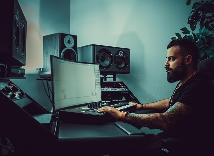 ¿Cómo construir un home studio profesional? Los 10 imprescindibles