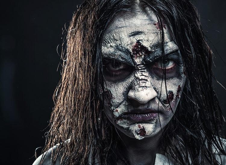 Maquillaje profesional Halloween: historia con pintura de terror