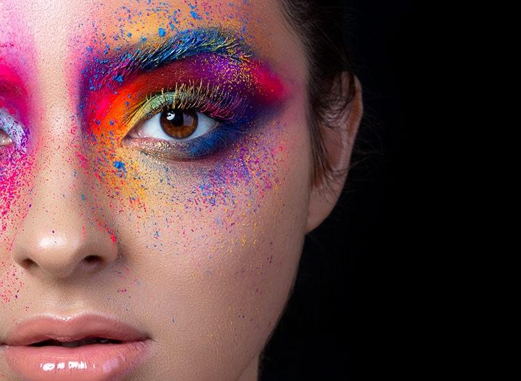 ¿Qué es la armonía del color en el maquillaje?