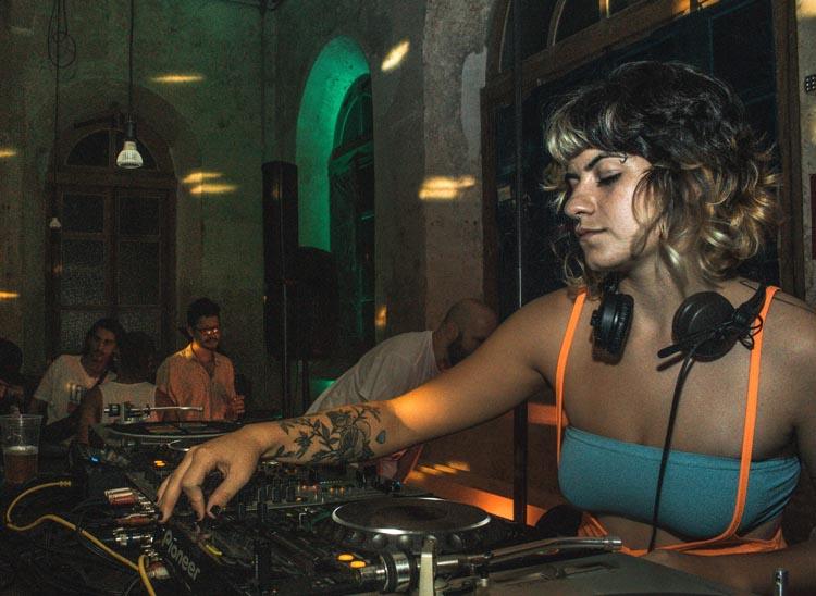 ¿Cómo ser DJ Productor? Te ofrecemos los mejores consejos