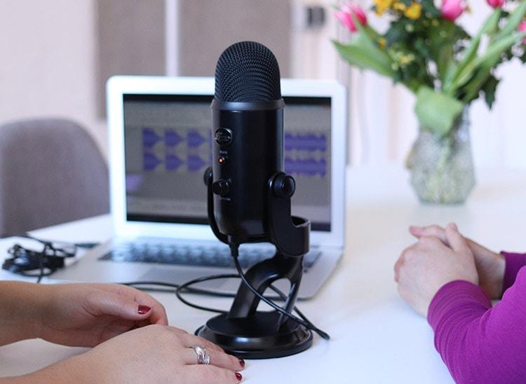 Edición de sonido: micrófono para podcast