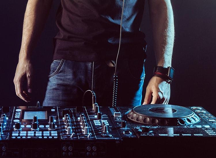 Estudiar para ser DJ