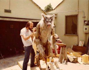 un hombre lobo americano en londres monstruo