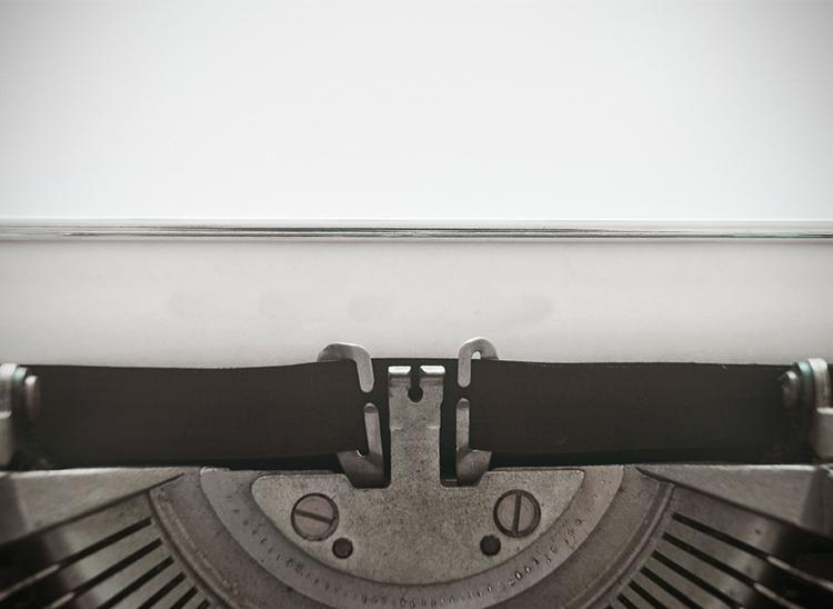 ¿Qué hace un guionista? Conoce sus funciones