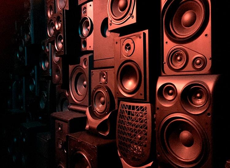 ¿Qué es el sonido envolvente?