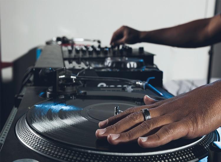 Técnicas de DJ: el beat juggling