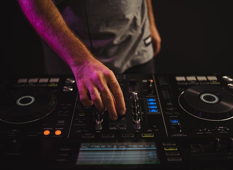 Scratch DJ: origen y características