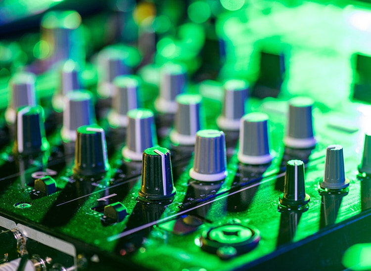 DJ Danny Ávila: electrónica desde España